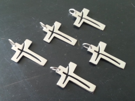 croix-en-argent, croix-bijou, croix-pendentif